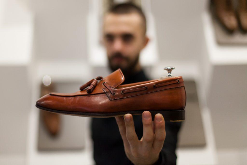 реставрация обуви мастерская