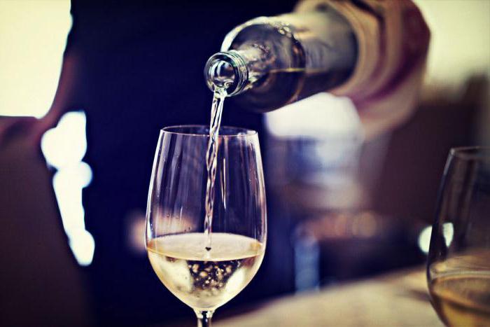 Абрикосовий вино в Домашніх условиях