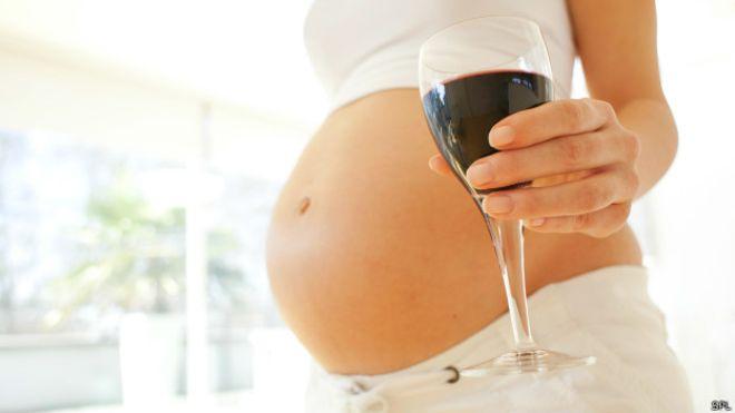Алкоголь в перші тижні вагітності