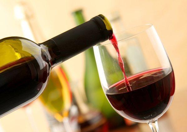 алкогольна алергія найчастіше виникає при вживанні вина