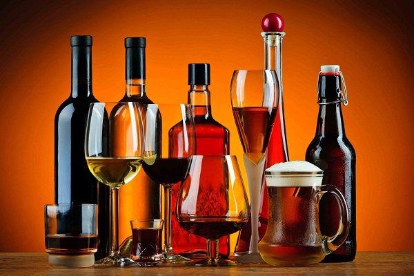 алкогольна випивку