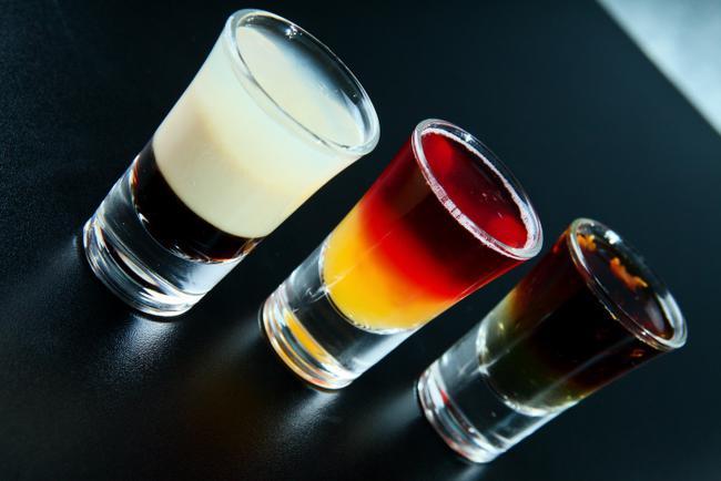 алкогольні шоті Коктейлі