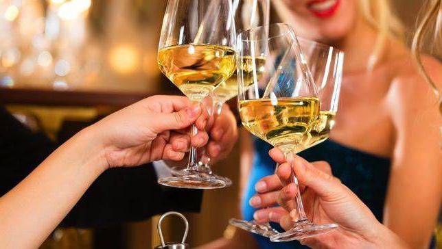 біле сухе вино користь і шкода