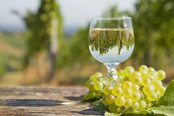 Біле вино в медицині