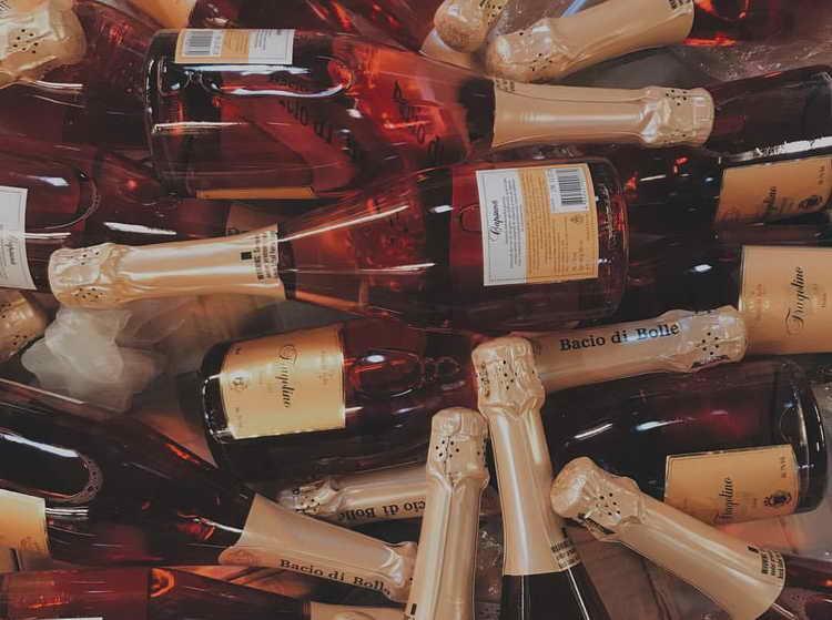 Більш шампанське скільки градусів