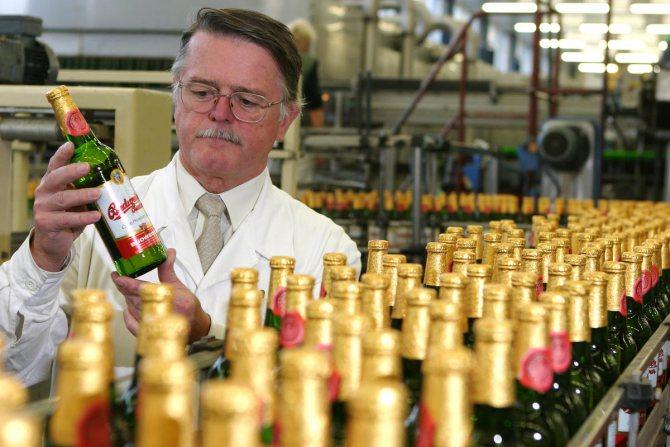 будвайзер пиво виробник