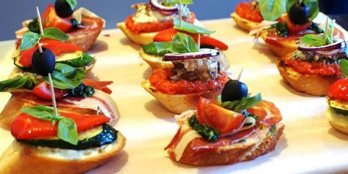 Бутерброди з хамоном