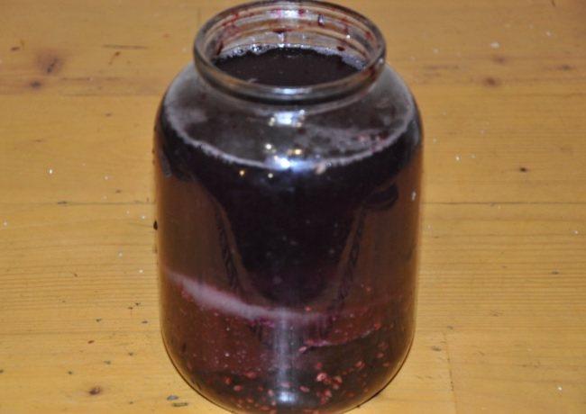 Чим корисний оцет виноградний