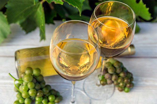 Чим корисно біле вино