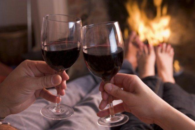 Чим корисне червоне вино для чоловіків