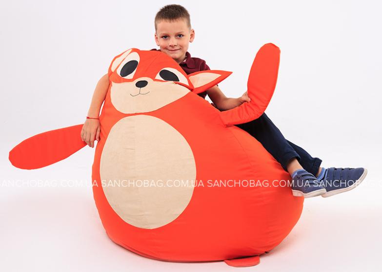 Кресло-мешок в детской комнате мальчика от магазина Sanchobag