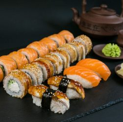 Лучшие суши и роллы в Василькове – рейтинг заведений