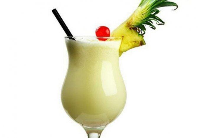 Если любите тропічні фрукти, вам припадаючи до смаку такий рецепт коктейлю.