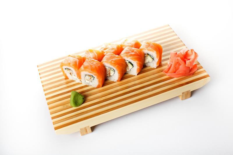 """Роли """"Філадельфія"""" від ресторану sushi-go.com.ua"""