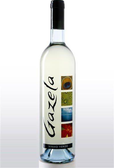 гарне біле напівсухе вино