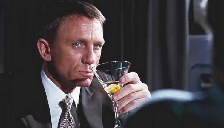 Як правильно пити Мартіні
