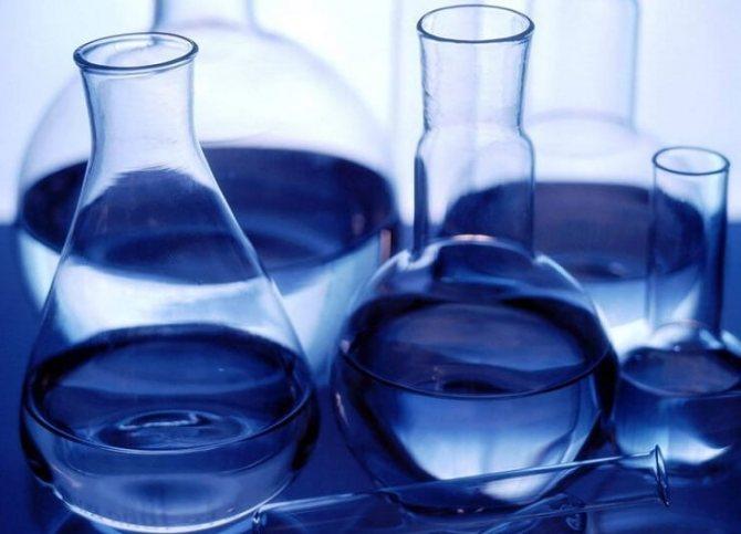 Як розвести спирт з водою в домашніх умовах