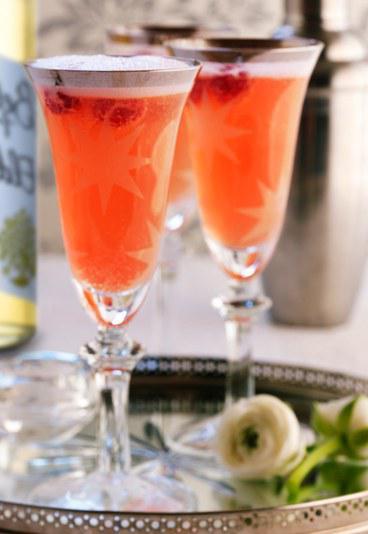 Які бувають Коктейлі з шампанського