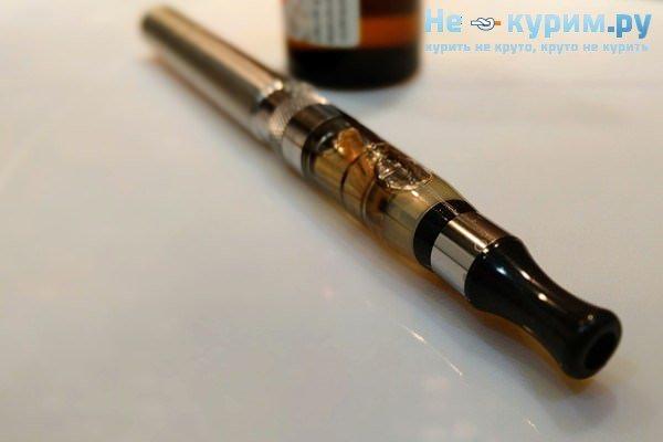 Кашель при палінні електронних сигарет