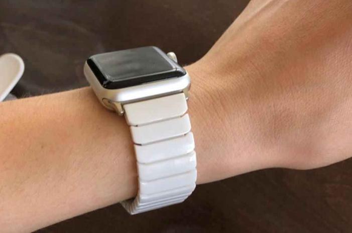Керамический ремешок Apple Watch