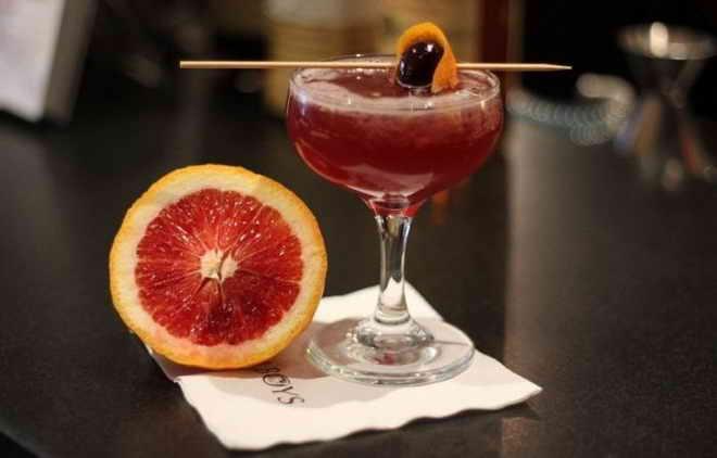 коктейль з мартіні россо
