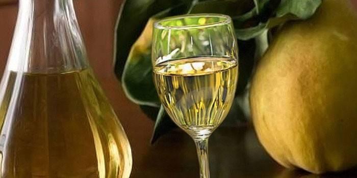 Кріплений грушевий напій