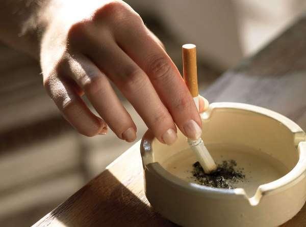 Куріння виснажує організм