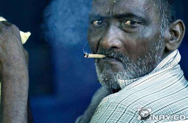 Курець в Індії незадоволений