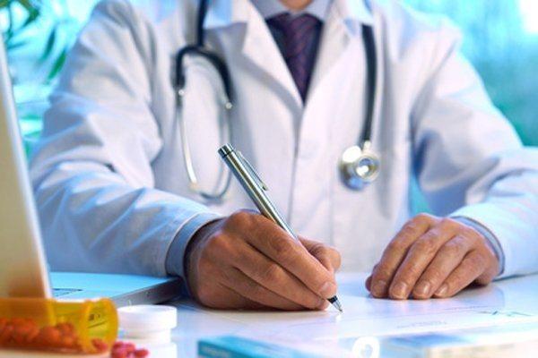 Медобстеження проводить лікар