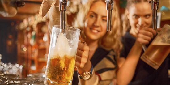 Пиво абсолютно незаслужено звинувачують в тому, що воно псує фігуру