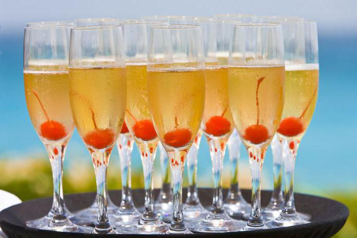 рецепт домашнього абрикосового вина