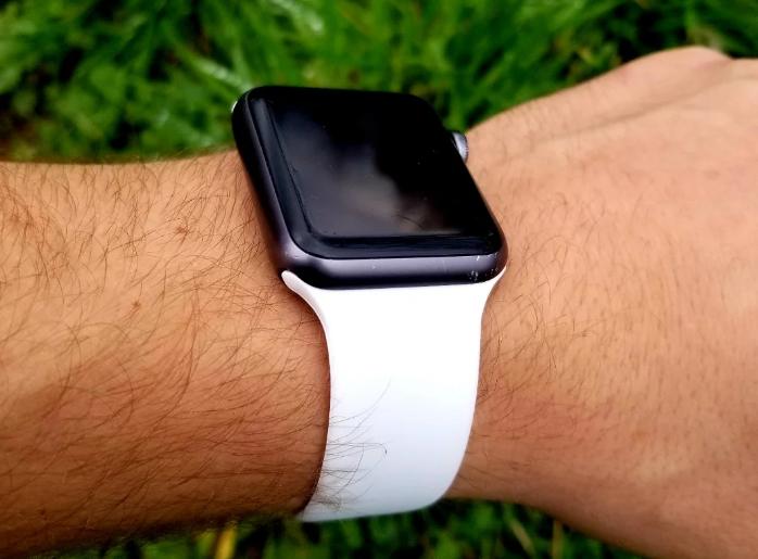 Ремешок из силикона для часов Apple