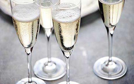 шампанське біле брют