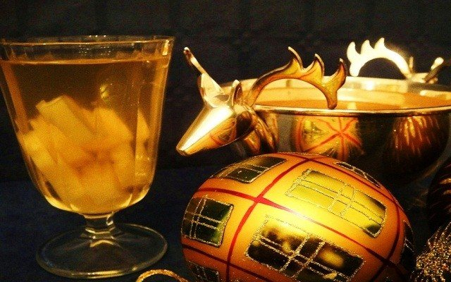 шампанське з Анансі