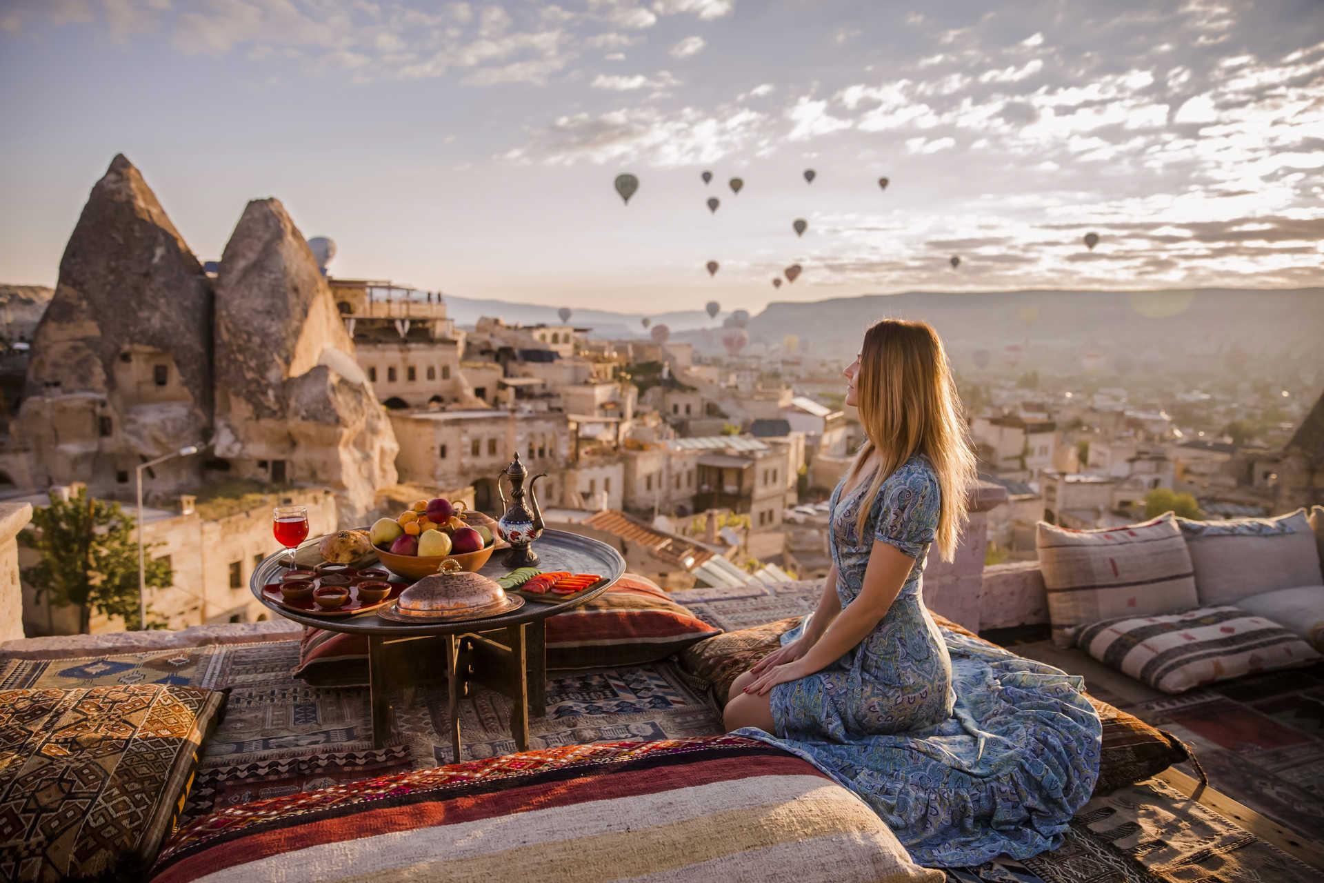 Сказочное путешествие девушки в Стамбул