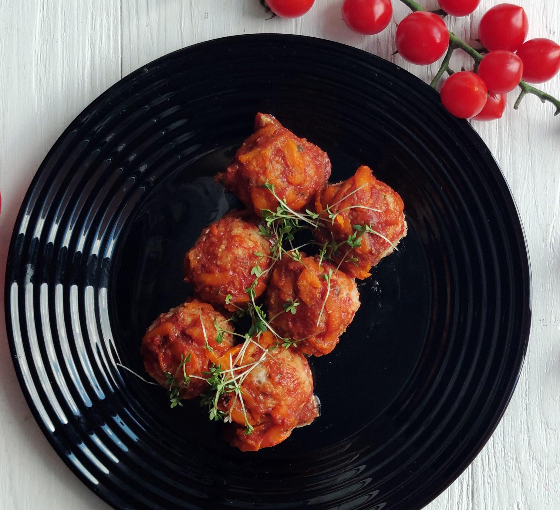 Тефтели из белой рыбы (блюдо сайта icefood.com.ua)