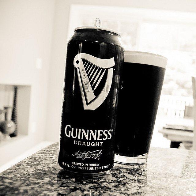 Види стаутів.  Guinness Draught.  Огляд пива.