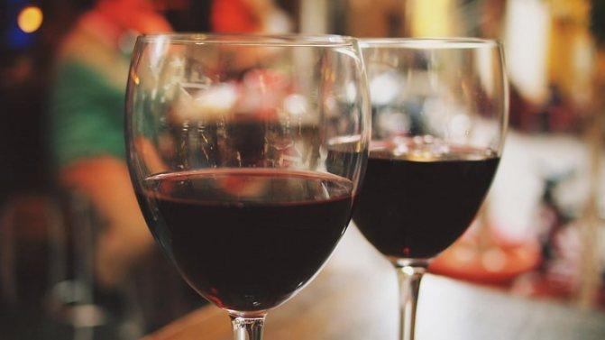 вино Псоу червоне напівсолодке