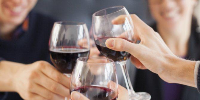 Вино в раціоні чи можна его пити Щодня