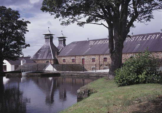 Винокурня Old Bushmills Distillery