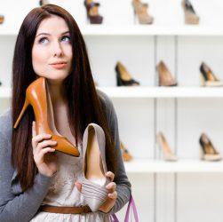 Выбор женской обуви